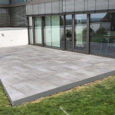 Terrassenbelag mit Aluminium-Unterkonstruktion